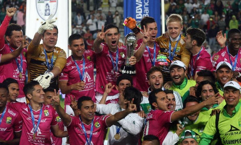 León Bicampeón.jpg